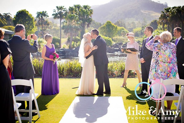 NM Wedding CHR-190