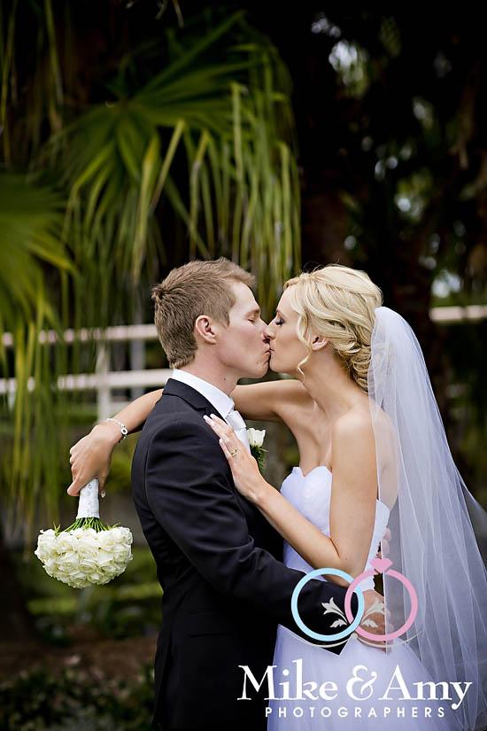 E and B Wedding CHR-520
