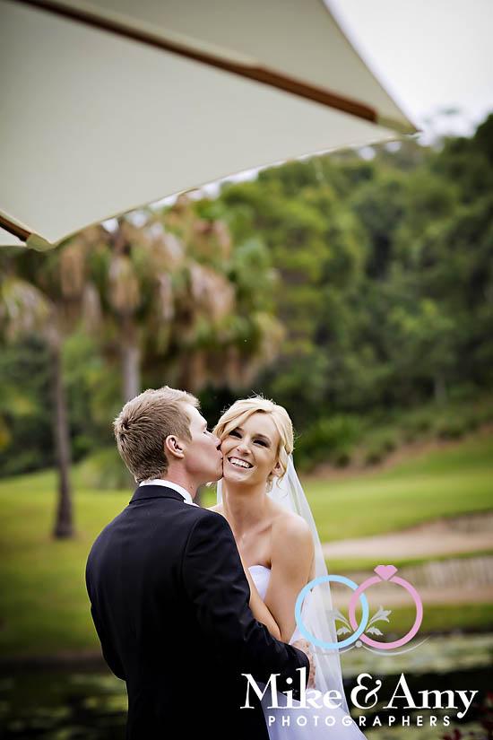 E and B Wedding CHR-565