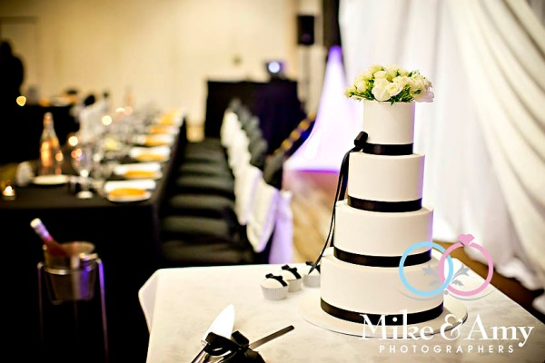 E and B Wedding CHR-686