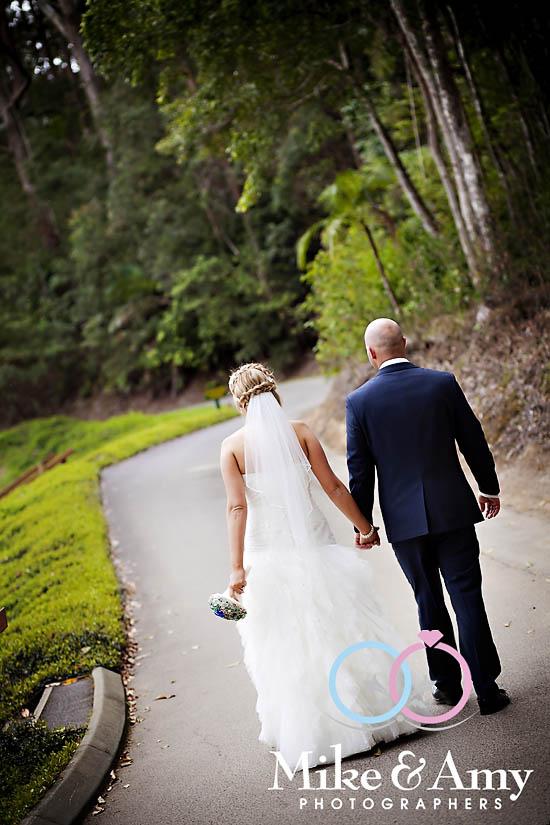 V and C Wedding CHR-648