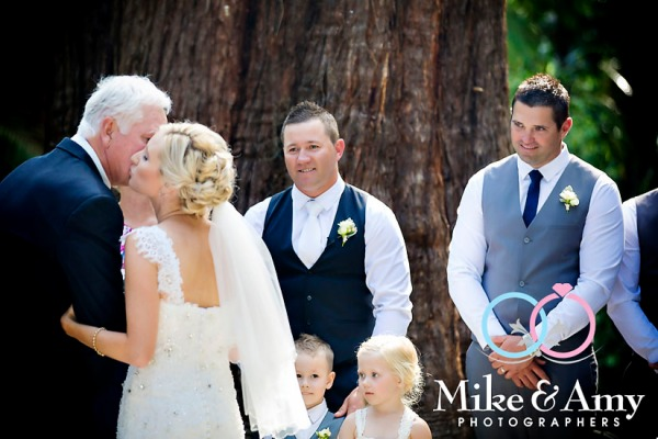 Melbourne_Wedding_ Photographer_Mike_and_Amy-14
