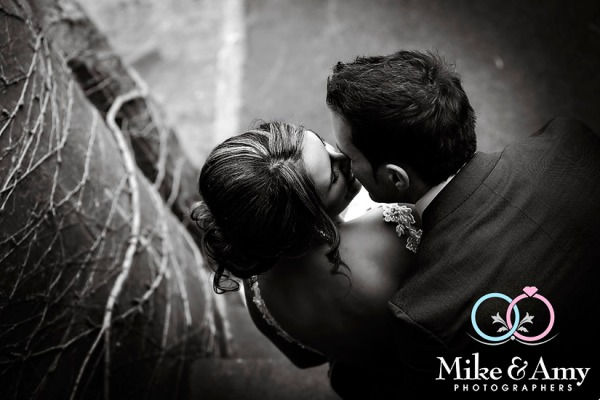 Melbourne_Wedding_Photographer_Mike_and_Amy-16v3