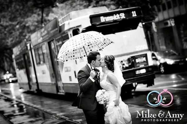 Melbourne_Wedding_Photographer_Mike_and_Amy-24v3