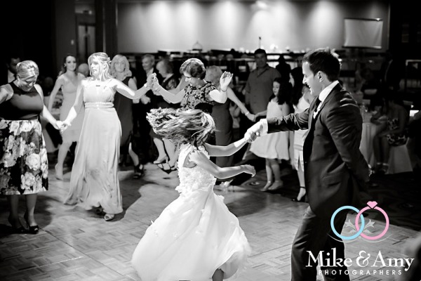 Melbourne_Wedding_Photographer_Mike_and_Amy-30v2
