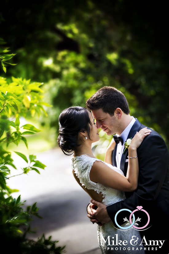 Melbourne_Wedding_Photographer_Mike_and_Amy_Winne_and_Salv-32