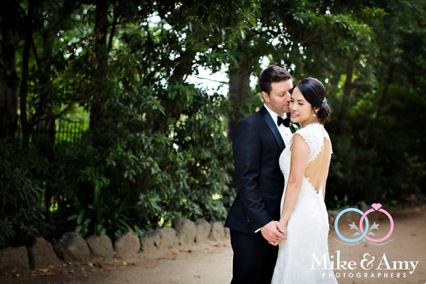 Melbourne_Wedding_Photographer_Mike_and_Amy_Winne_and_Salv-32v2