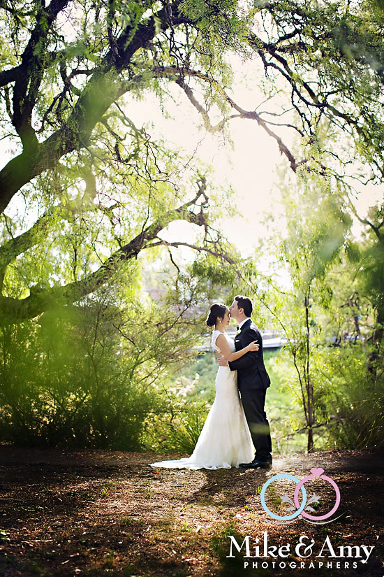 Melbourne_Wedding_Photographer_Mike_and_Amy_Winne_and_Salv-41