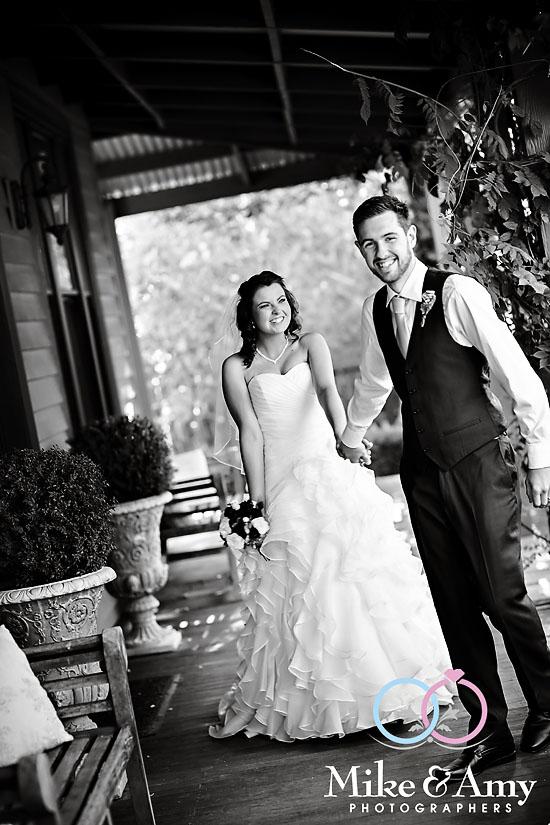 SM WEDDING CHR-881v
