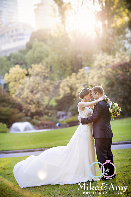 JM WEDDING CHR-941