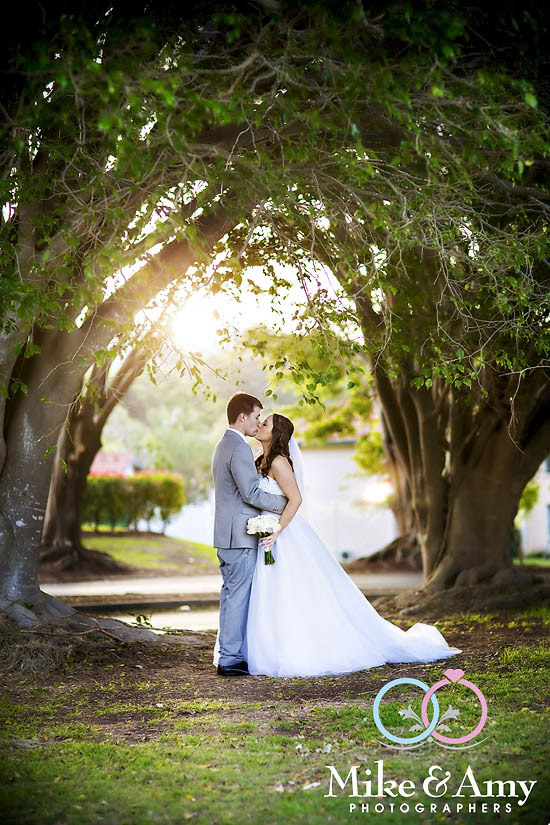 Melbourne_Wedding_Photographer_Mike_and_Amy_Brianna_Matt-17
