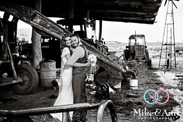 mike_and_amy_photographers_melbourne_photographer-44