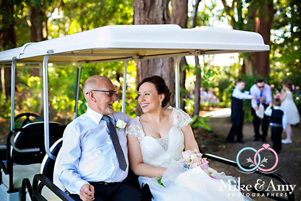 melbourne_wedding_photographer_mike_and_amy_photographers_bonville-12