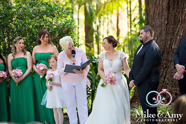 melbourne_wedding_photographer_mike_and_amy_photographers_bonville-16