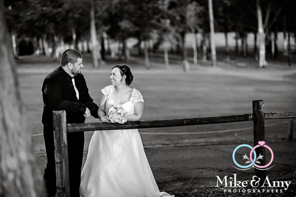 melbourne_wedding_photographer_mike_and_amy_photographers_bonville-30