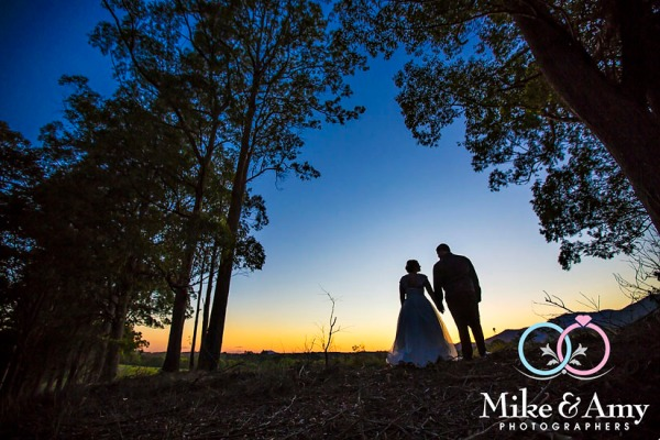 melbourne_wedding_photographer_mike_and_amy_photographers_bonville-32