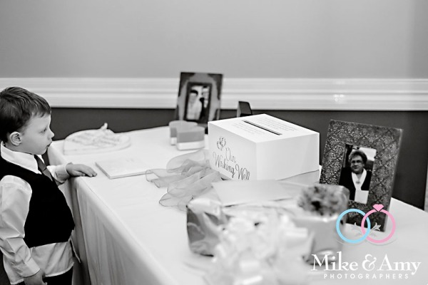 melbourne_wedding_photographer_mike_and_amy_photographers_bonville-33