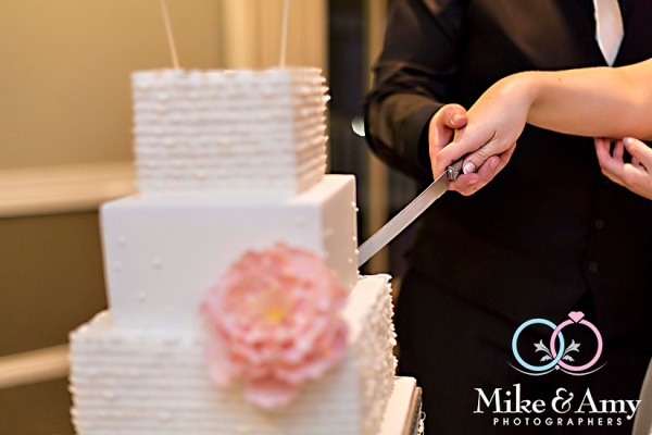 melbourne_wedding_photographer_mike_and_amy_photographers_bonville-34