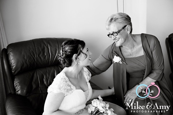 melbourne_wedding_photographer_mike_and_amy_photographers_bonville-7