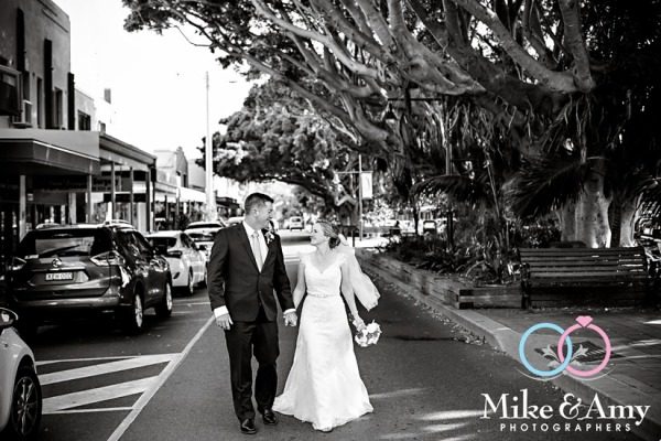 mike_and_amy_photographers_melbourne_wedding_photographers_ar-20