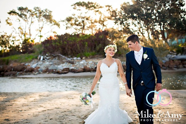 mike_and_amy_photographers_melbourne_wedding_photographers_taylor_kyle-23