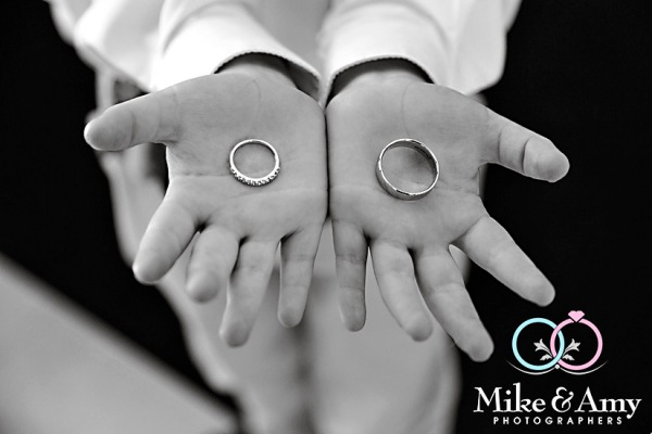 mike_and_amy_photographers_melbourne_wedding_photographers_taylor_kyle-5