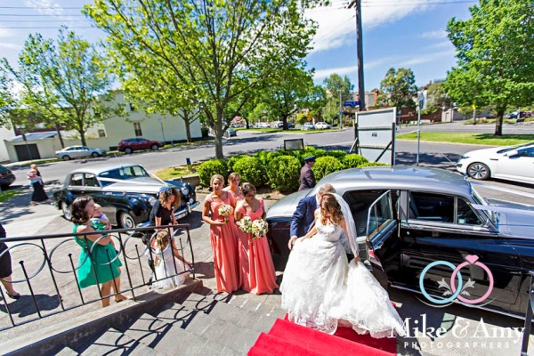 mike_and_amy_photographers_melbourne_wedding-12