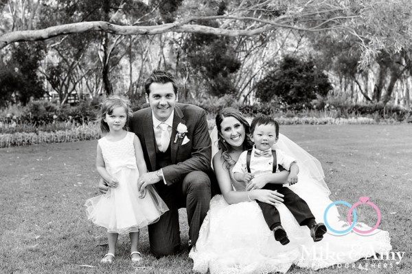 mike_and_amy_photographers_melbourne_wedding-33