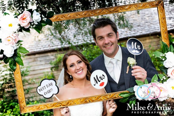 mike_and_amy_photographers_melbourne_wedding-35