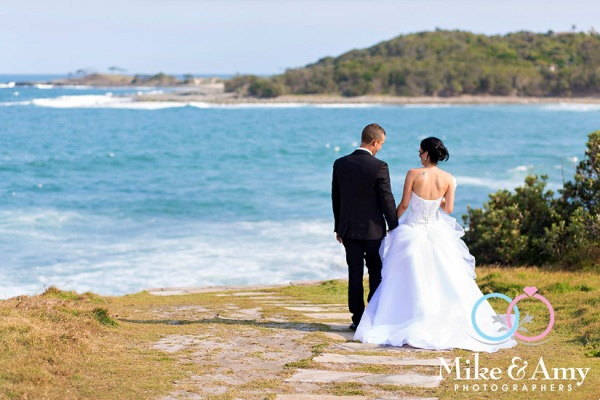 mike_and_amy_photographers_melbourne_wedding_photographer_yamba-24