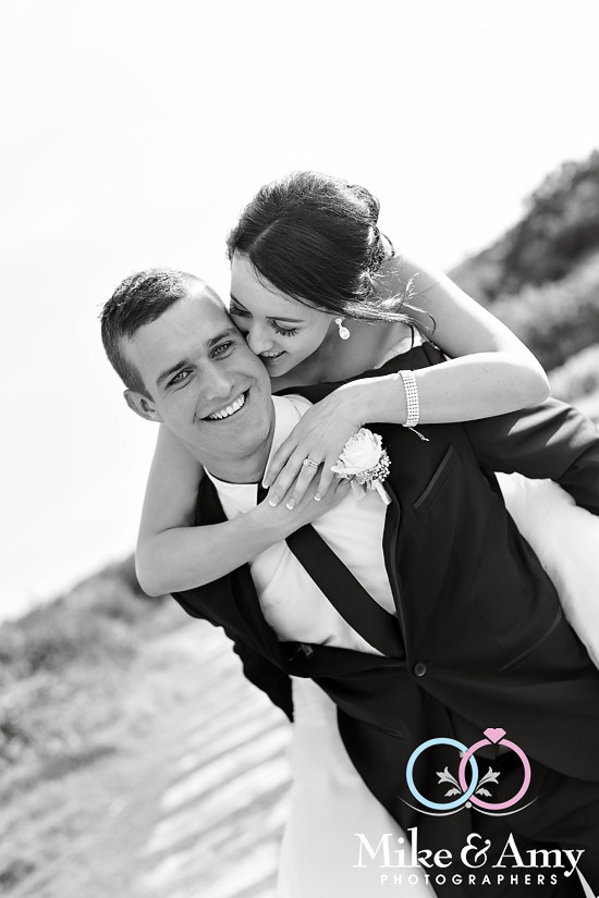 mike_and_amy_photographers_melbourne_wedding_photographer_yamba-25