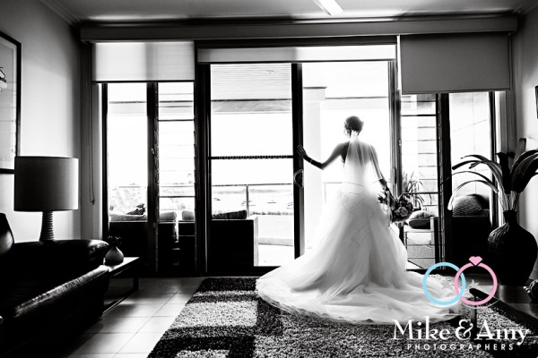 mike_and_amy_photographers_melbourne_wedding_photographer_yamba-9