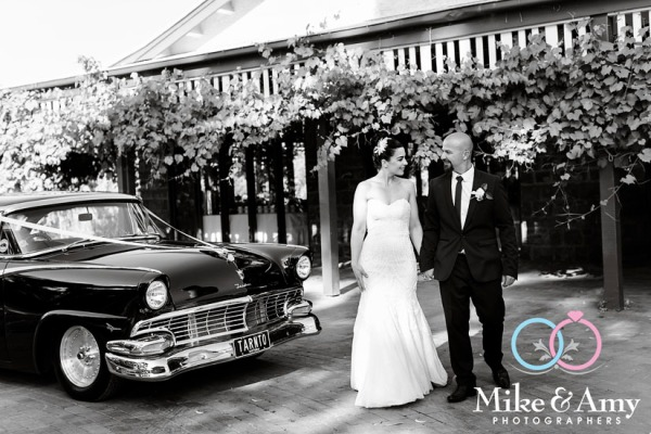 melbourne_wedding_photographer_mike_and_amy_-st_annes-24