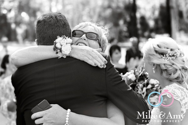 mike_and_amy_photographers_wedding_photographers-12