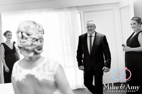 mike_and_amy_photographers_wedding_photographers-4