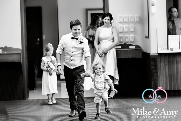 mike_and_amy_photographers_yamba_wedding-1