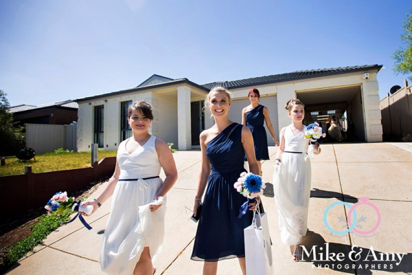 Mike_and_amy_photographers_melbourne_wedding_photographers-7