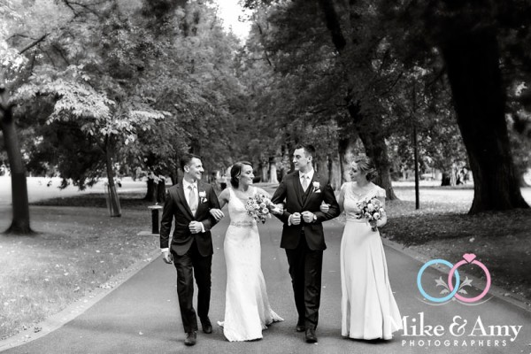 Melbourne_wedding_photographer_mike_and_amy_photographers_belinda_and_sean-11