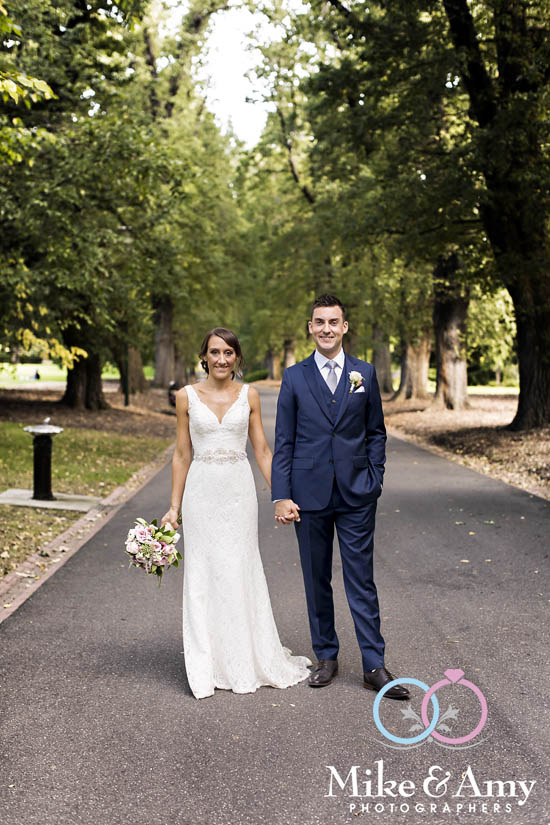 Melbourne_wedding_photographer_mike_and_amy_photographers_belinda_and_sean-12