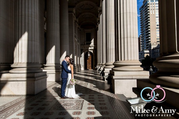 Melbourne_wedding_photographer_mike_and_amy_photographers_belinda_and_sean-15