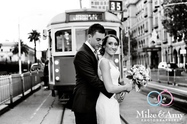 Melbourne_wedding_photographer_mike_and_amy_photographers_belinda_and_sean-18