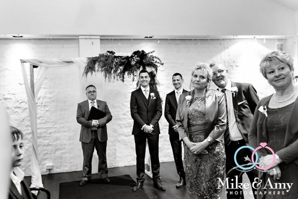 Melbourne_wedding_photographer_mike_and_amy_photographers_belinda_and_sean-20