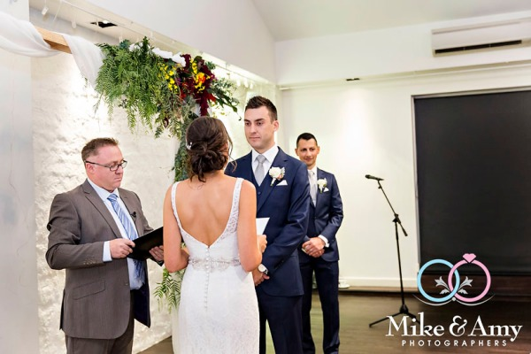 Melbourne_wedding_photographer_mike_and_amy_photographers_belinda_and_sean-21