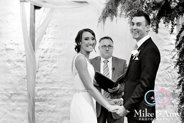 Melbourne_wedding_photographer_mike_and_amy_photographers_belinda_and_sean-22
