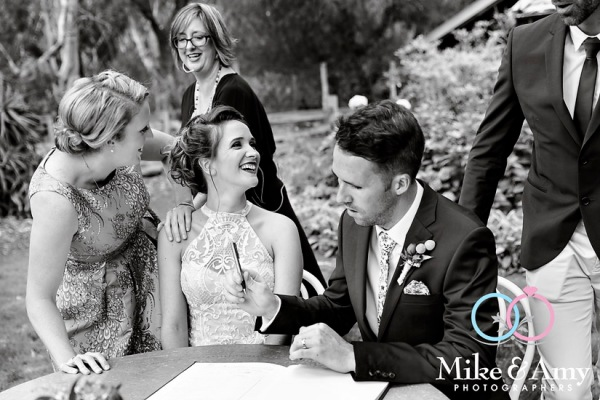 Melbourne_wedding_photographers_mike_and_amy_photographers_LL-12