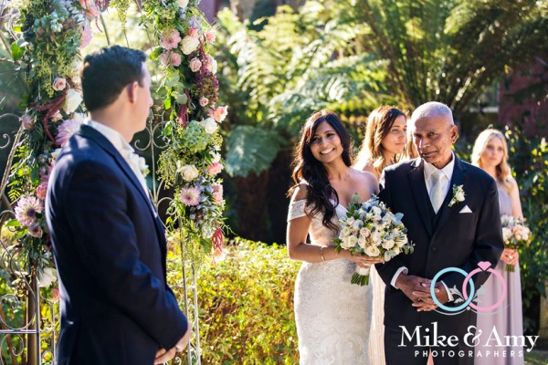 Melbourne_wedding_photographers_mike_and_amy_SW-12