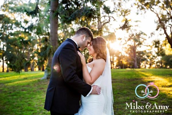 Melbourne_wedding_photographer_mike_&_amy_photographers-19
