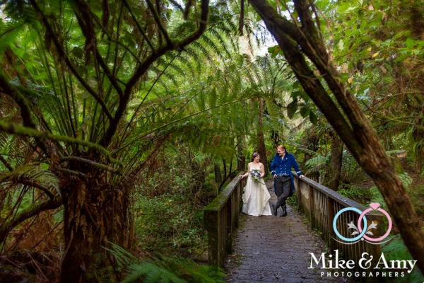 Mike_and_amy_photographers_melbourne_wedding-2