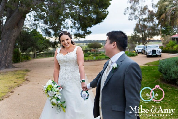 Melbourn_wedding_photographer_mike_and_amy-16