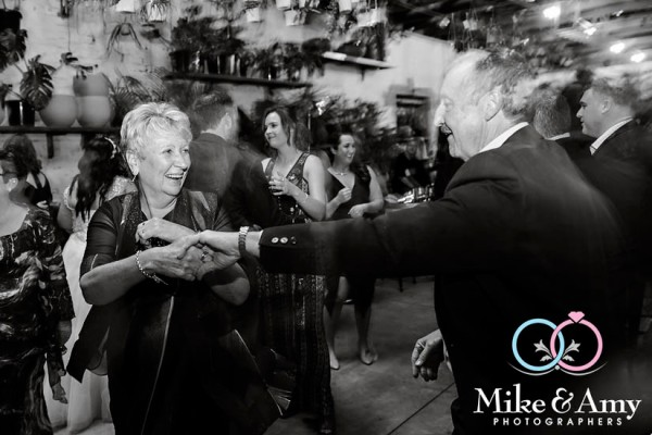 Melbourn_wedding_photographer_mike_and_amy-26